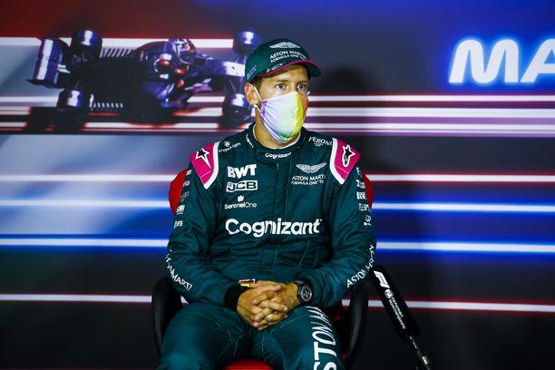 Sebastian Vettel piti tulevan kauden renkaista.