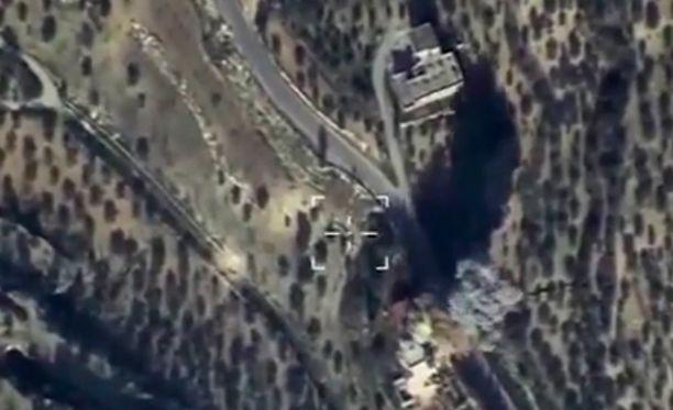 Kuva ei liity tapaukseen. Viime viikolla Venäjän puolustusministeriö julkaisi ilmakuvan Venäjän iskusta Idlibiin.