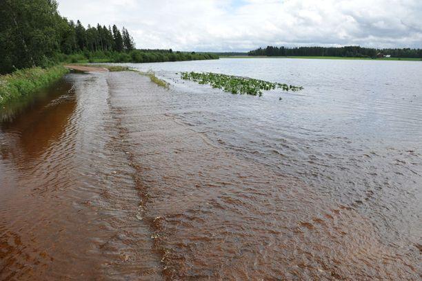 Karvianjoki tulvii pahasti.