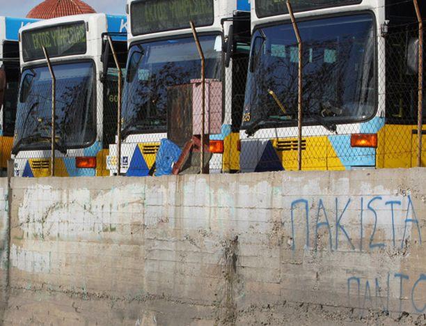 Bussikuskit ovat saaneet bonuksia siitä, että ovat tulleet ajoissa töihin.