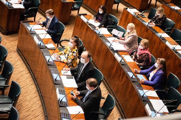 Perussuomalaiset vastustaa EU:n 750 miljardin euron elpymispakettia.
