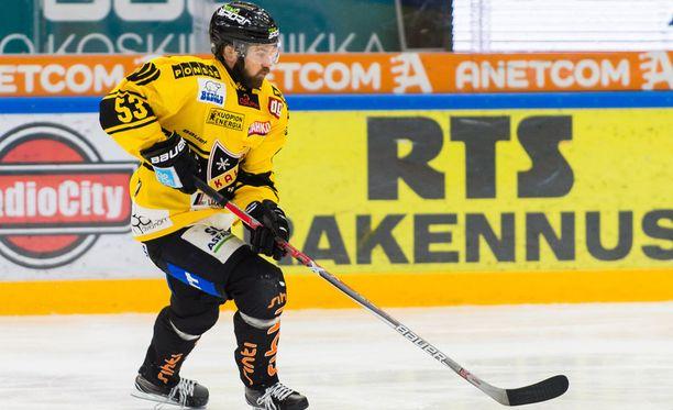 Sami Mutanen oli kuopiolaisyleisön sankari 2-1-voittomaalillaan.