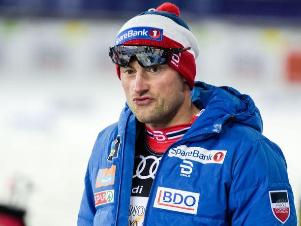 Petter Northug hölmöili alkoholin kanssa toukokuussa 2014.