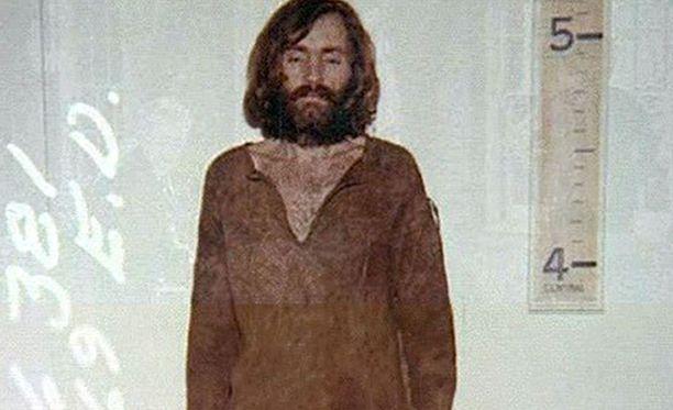 Poliisin kuva hänestä vuodelta 1969. Elinkautinen tuomio astui voimaan vuonna 1972.