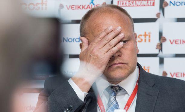 Lauantainen 0-1-tappio Unkarille tuhosi lopullisesti Suomen EM-unelman ja päätti Mixun päävalmentajuuden.