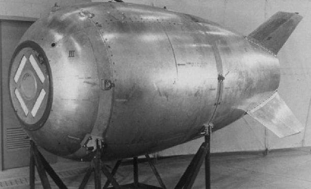 Mark 4, ensimmäinen sarjatuotantona valmistettu ydinpommi.