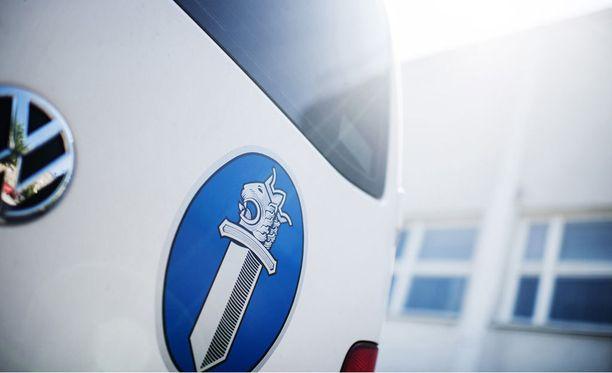 Poliisi epäilee lahtelaisnaisen tehtailleen lukuisia talousrikoksia noin 10 000 euron arvosta.