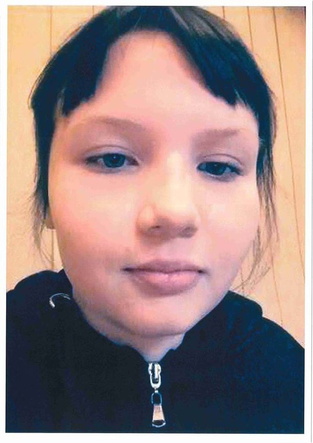 Poliisi julkaisi kuvan kadonneesta Veera Järvisestä.