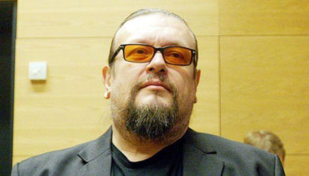 Markus Selin kuunteli syytteiden lukua Helsingin käräjäoikeudessa joulukuussa.