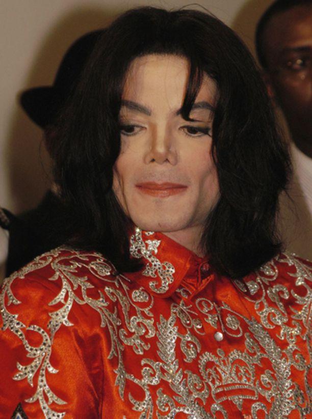 Prinssi Abdulla Al-Khalifan mukaan Michael Jackson katosi saatuaan viisi miljoonaa euroa ennakkona levyntekoon.