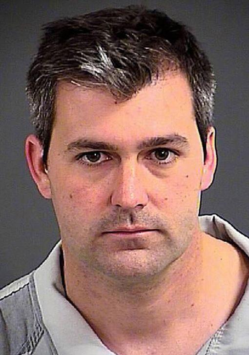 Michael Slager vietti ensimmäiset seitsemän kuukautta pidätyksensä jälkeen yksityissellissä oman turvallisuutensa vuoksi.