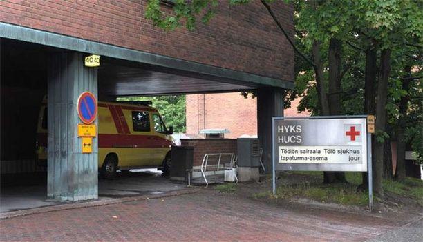 Mies karkasi keskiviikon vastaisena yönä Töölön sairaalasta.