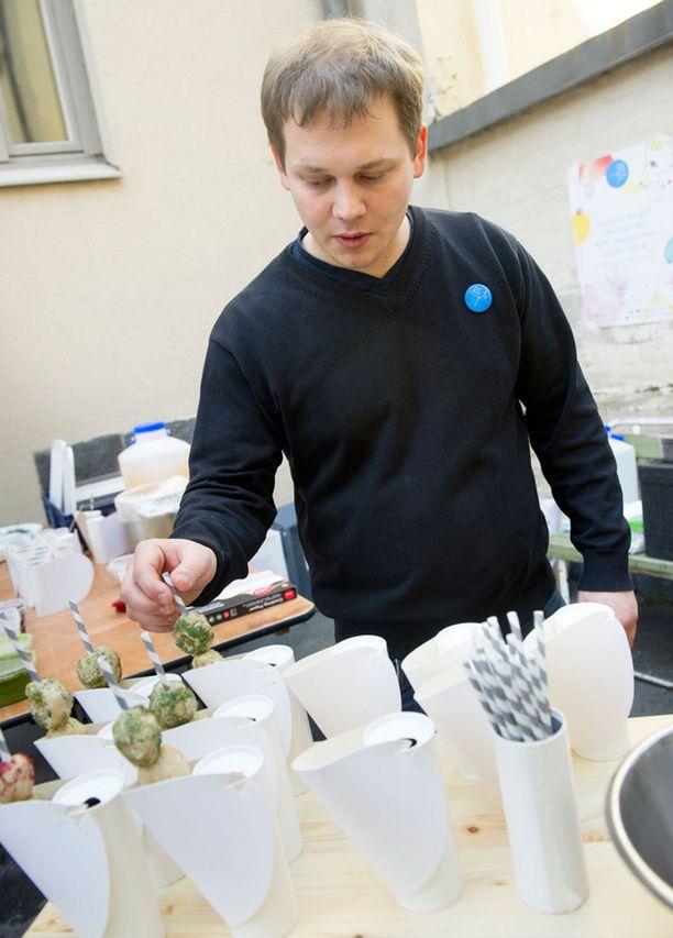 Mikko Pölkki toimi ekologisen Koepala-ravintolan kokkina.
