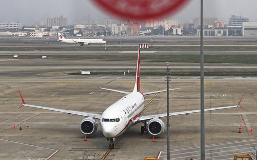 """Kokenut lentäjä pitää Boeingin ongelmia kiireen ja kilpailun syynä - """"Tavoite ollut, ettei lentäjä huomaa, että kyse on eri koneesta"""""""