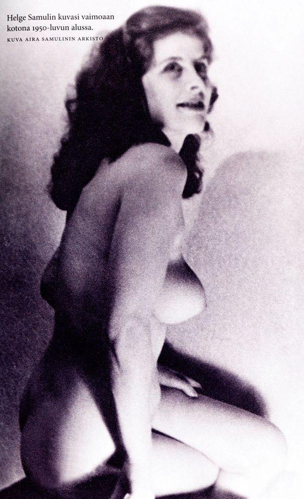 Airan aviomies kuvasi vaimonsa alastomana 1950-luvun alussa.