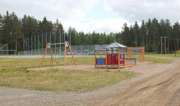 Löytöpaikan lähellä sijaitsee leikkipuisto.