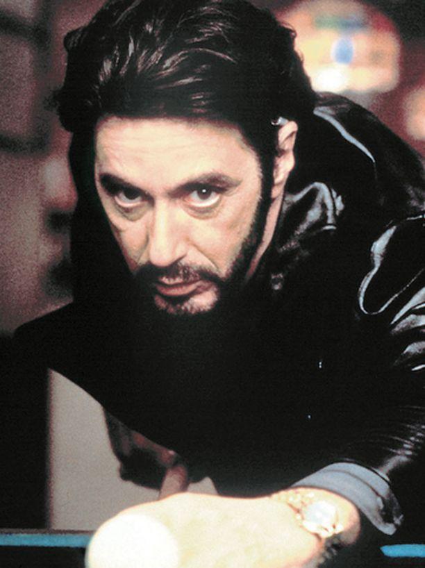 Al Pacino gangsterina, joka yrittää pysyä kaidalla tiellä.