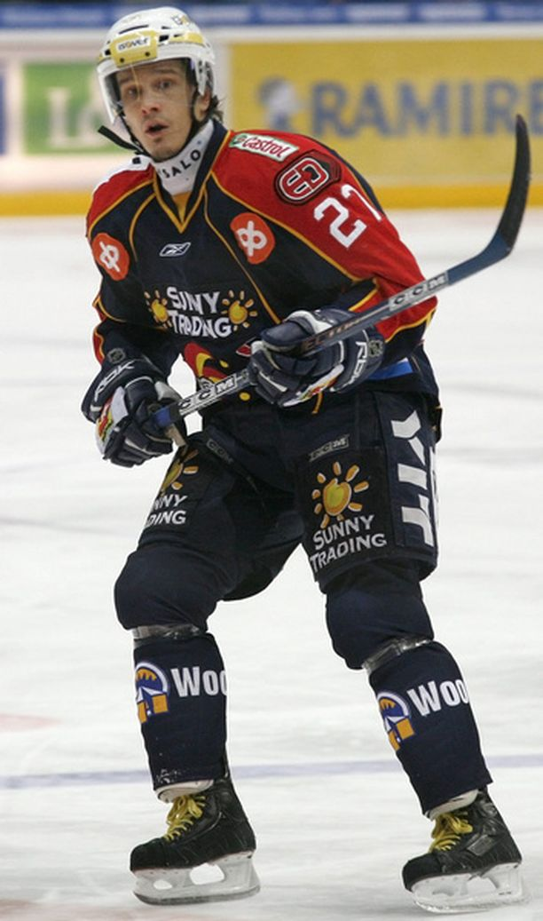 Juha Lind on kauden aikana joutunut liian moneen palaveriin valmennusjohdon kanssa.
