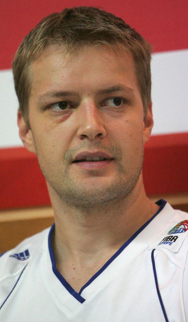 Hanno Möttölä pelaa ensimmäistä kauttaan Aris Thessalonikin joukkueessa.