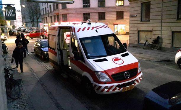 Katuprostituoidut voivat käyttää ambulanssia ilman korvausta. Auto tarjoaa heille suojaa ja tietoa.