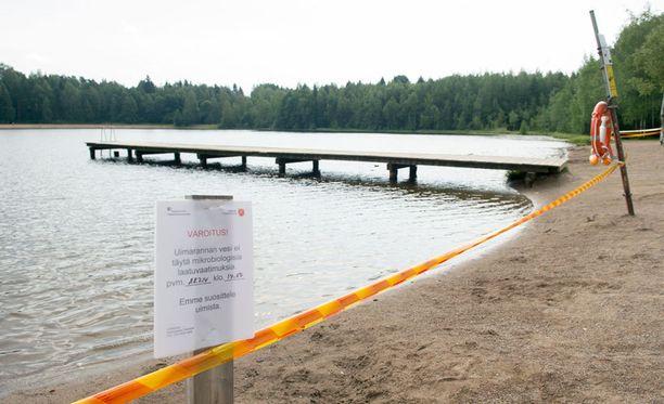 Ihmisiä sairastui muun muassa Tampereen Tesomajärvessä uimisen jälkeen.