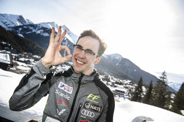 Homma jiirissä! Ristomatti Hakolalla on taas hymy herkässä Alpeilla.