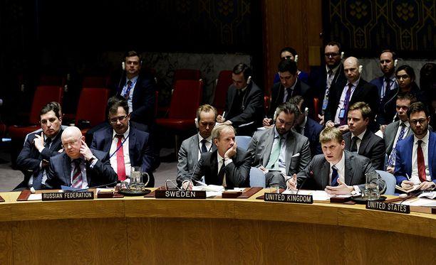 YK: turvallisuusneuvoston kokous sujui torstaina kireässä ilmapiirissä.