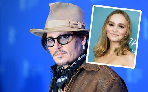 Johnny Depp antoi 13-vuotiaalle tyttärelleen huumeita - piti sitä vastuullisena vanhemmuutena