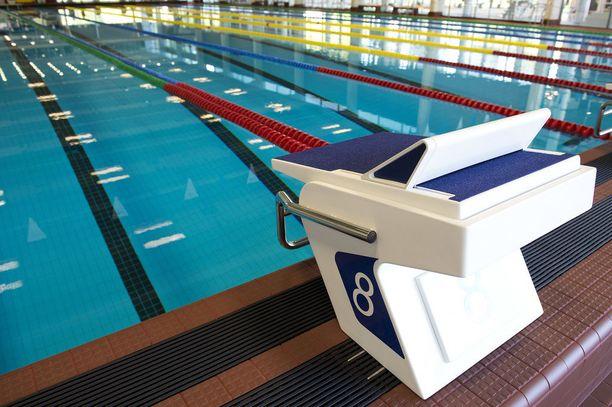 Raksilan uimahallin iso allas on jälleen suljettu puhdistuksen vuoksi. Tänään uimaan pääsee jälleen klo 16 alkaen. Kuvan allas ei liity tapaukseen.