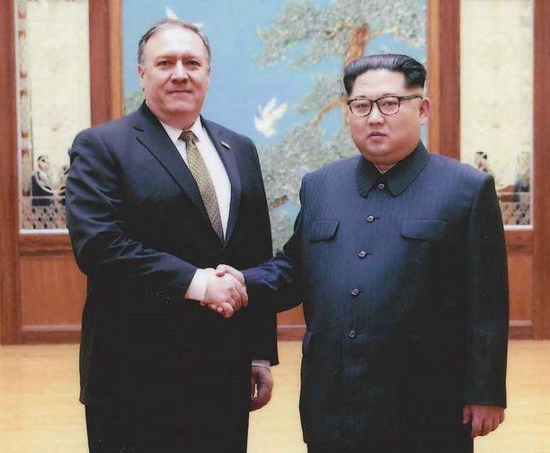 Mike Pompeo ja Kim Jong-un valmistelevat huipputapaamista.