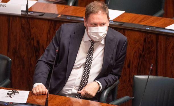 Paavo Arhinmäki ei pidä hallituksen suosituksen lähtökohdasta.