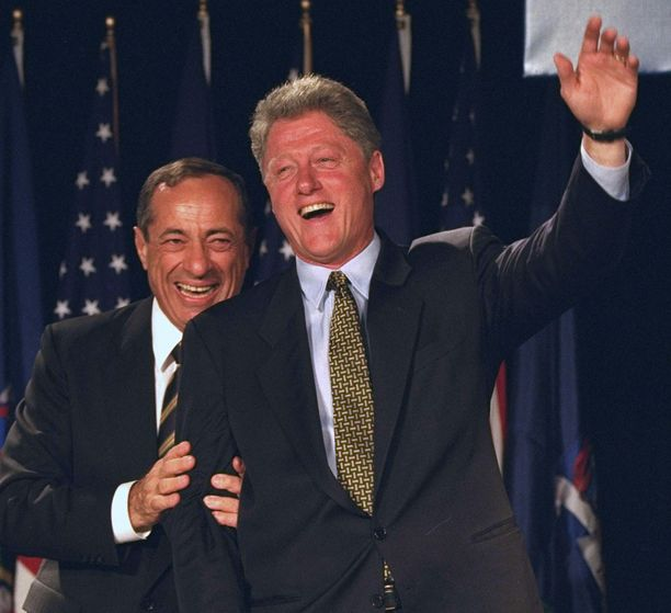 Mario Cuomo ja presidentti Bill Clinton vuonna 1994.