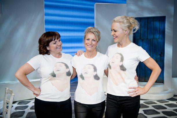 Mamma Mian ystäväkolmikko, Nina Tapio, Laura Voutilainen ja Tanja Kokko. - Minulla on tässä musikaalissa kaksoisroolitus, sillä olen myös Donnan sijainen, Nina Tapio kertoo.