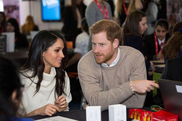 Video prinssi Harrystä ja herttuatar Meghanista leviää netissä.