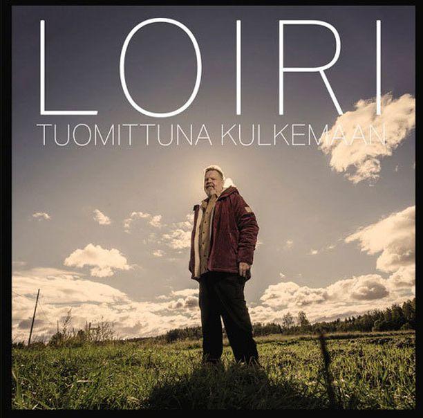 Vesa-Matti Loiri duetoi uudella albumilla Jenni Vartiaisen sekä Samuli Edelmannin kanssa.