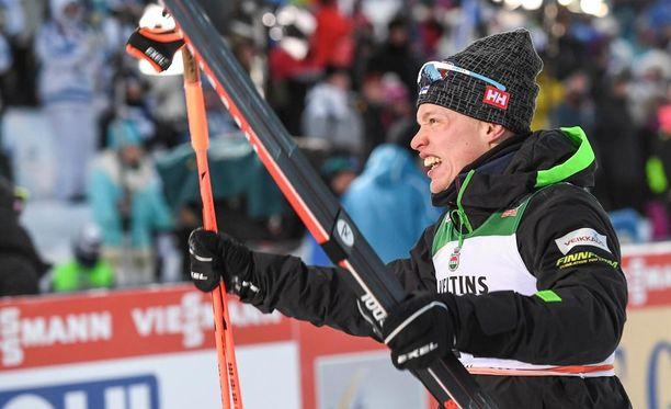 Iivo Niskanen voitti Rukalla sunnuntaina.