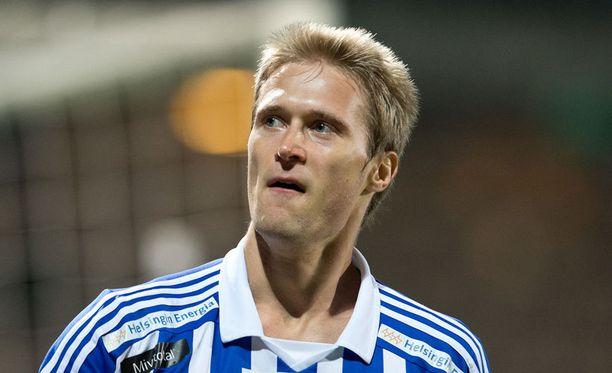 Entinen HJK-kärki Akseli Pelvas iski SJK:n jatkoon.