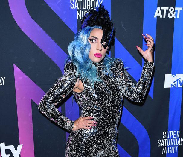 Lady Gaga seurustelee nykyään Michael Polanskyn kanssa.