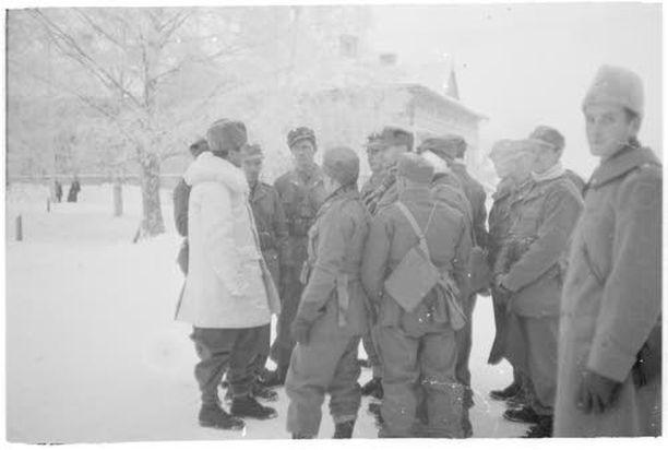 Ruotsalaisvapaaehtoisia Torniossa vuonna 1940.