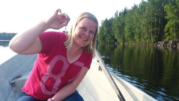 """Tämä """"Pietarin kalansaalis"""" ilmestyi kalaämpäriin, kun Outi Kunnamo oli ystävänsä kanssa onkireissulla."""