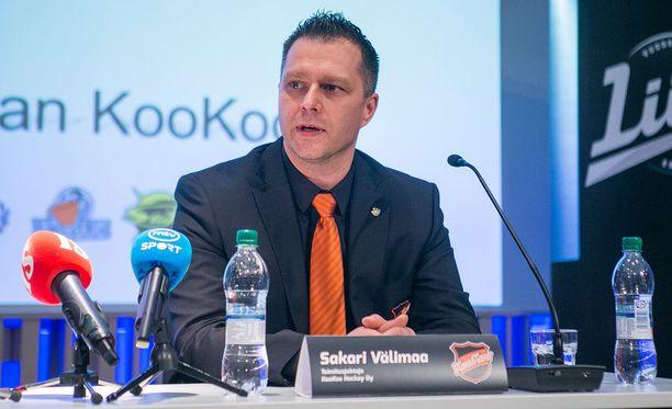 Sakari Välimaa sanoo, että KooKoon tämän kauden tulos on hänen toimitusjohtajakautensa suurin pettymys.