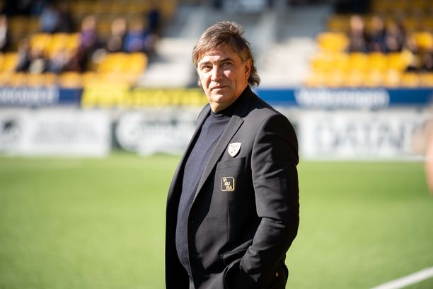Alexei Eremenkon valmentaman SJK:n peli kulkee.