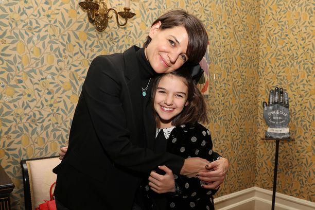 Katie Holmes sai tyttärensä huoltajuuden erottuaan Cruisesta. Kuva tammikuulta.
