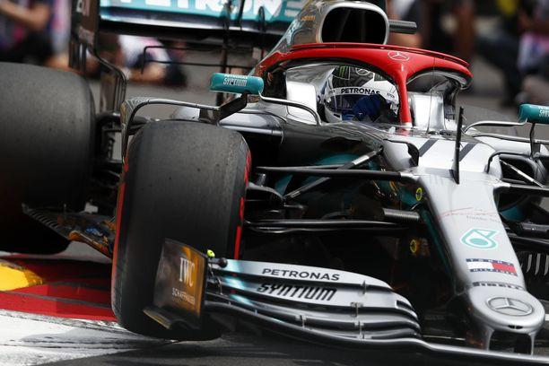 Valtteri Bottaksen paalupaikkasarja päättyi Monacossa.