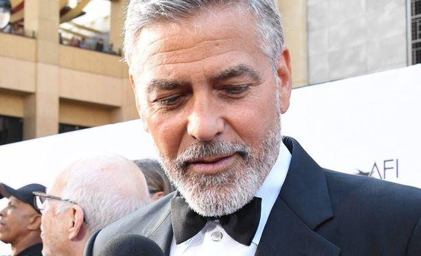 George Clooney rikastui tequilalla.