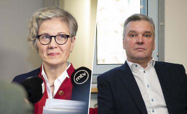 Valtakunnansovittelija Vuokko Piekkala ja Sähköliiton puheenjohtaja Sauli Väntti.