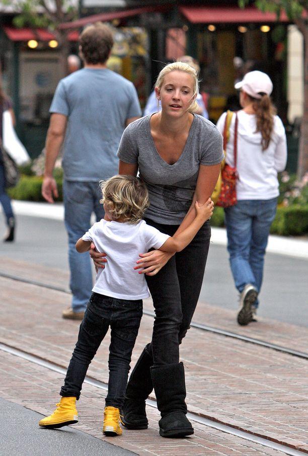 Mindy Mann on vuosia ollut Stefani-Rossdalen perheen lastenhoitaja.