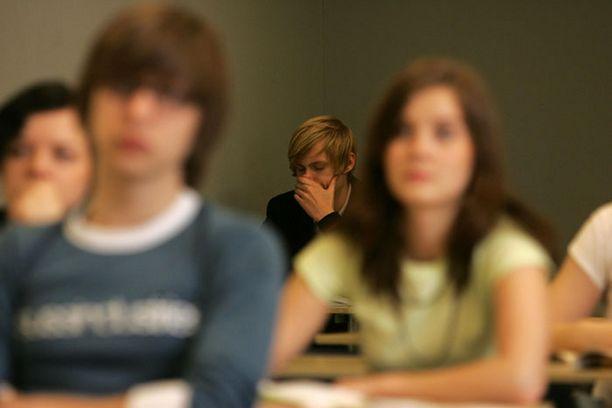 Opiskelupaikan vastaanottamisesta tulee ilmoittaa 3.9.2008 mennessä.