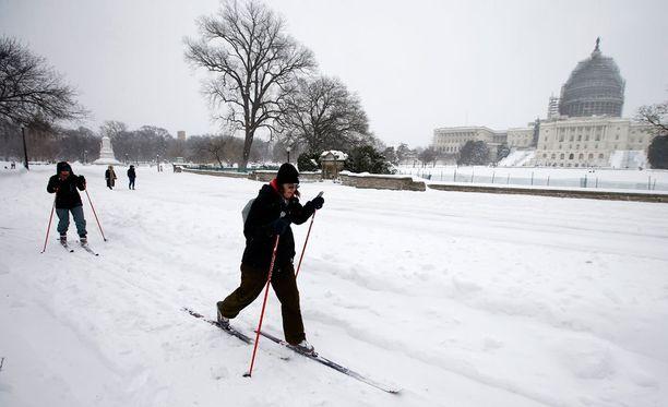 Hiihtäjiä riitti myös Washingtonissa.