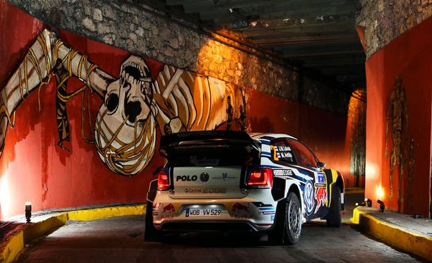 Jari-Matti Latvala johtaa Meksikossa neljän ek:n jälkeen.